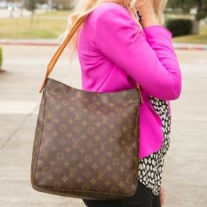 ✨DISCONTINUED✨ LOUIS VUITTON LOOPING GM